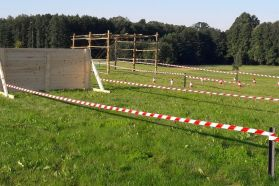 Obstacle Track - Team Race
